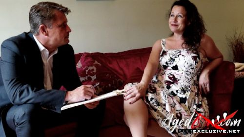 Eve-Jayne, Marc Kaye - Sexy older woman with big tits has sex with director (2019/HD)
