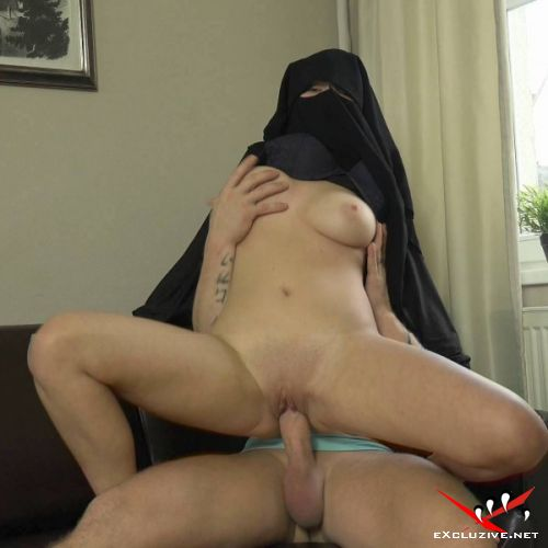 Lili Sommer - Big boobs niqab girl (2019/HD)