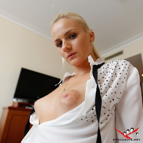 Zdenka - Naughty Blonde Babe Banged on Our First Date (2019/HD)